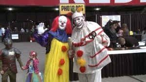 Episode 39- Twisty the Clown At Phoenix Comicon Fan Test 2014 Part 1
